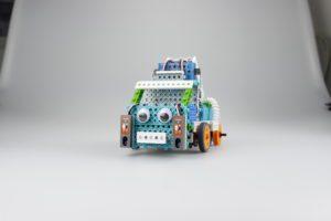 Модель машинки Роботрек